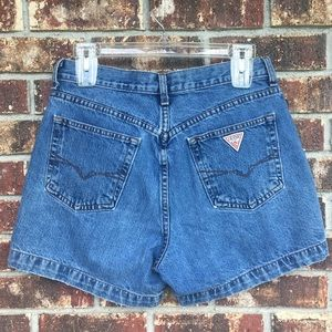 VINTAGE GUESS HIGH RISE MOM JEAN SHORTS Size 30
